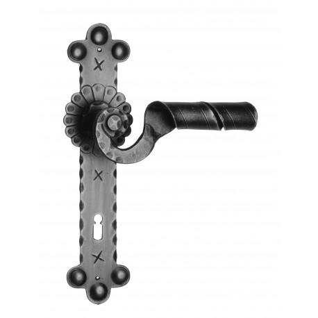 Kovaná kľučka model 1092