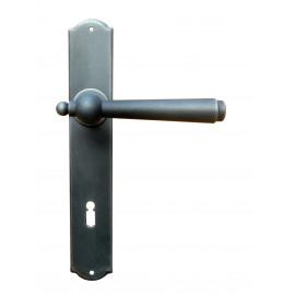 Kovaná kľučka na dvere model 2900