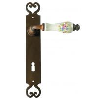 Kovaná kľučka na dvere model 2600
