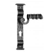 Kovaná kľučka na dvere model 1072
