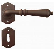 Kovaná kľučka ke dverim model 2701