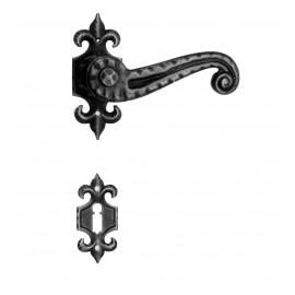 Kovaná kľučka ke dverim model 901