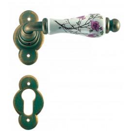 Kovaná kľučka ke dverim model 1-20
