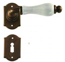 Kovaná kľučka ke dverim model 2-20