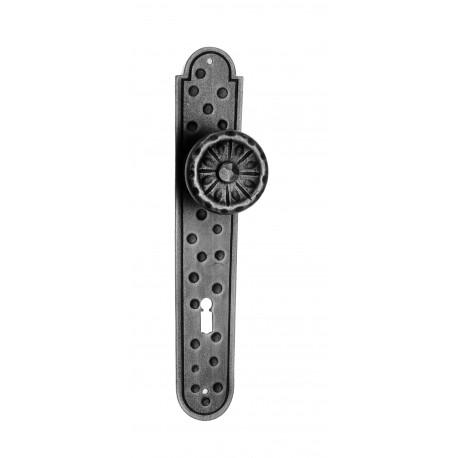 Kovaná guľa na štítu model 521