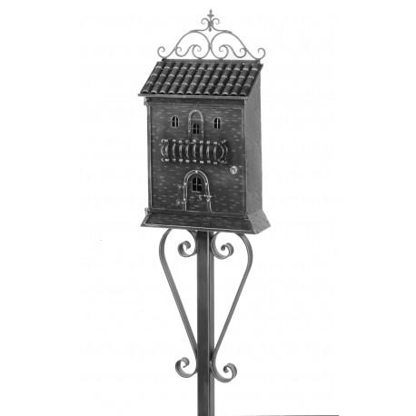 Kovaná poštová schránka model 869 samostatně stojící