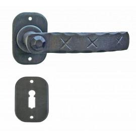 Kovaná kľučka ke dverim model 23